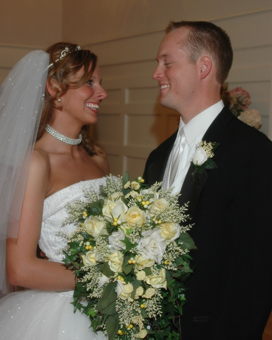 8x10-bride-groom-looking-at-each-other-e1469046757568