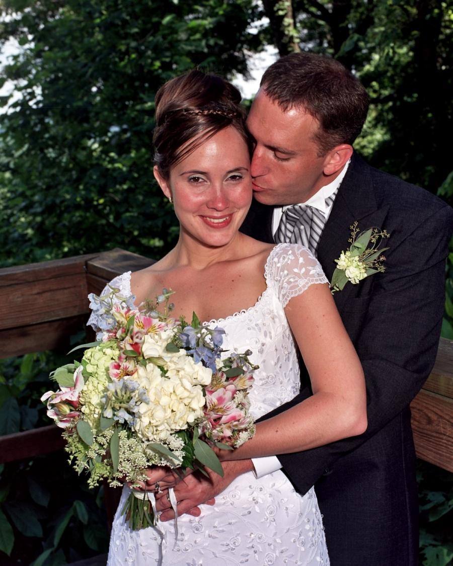 8x10-groom-kissing-bride-cheeck-e1469046618825