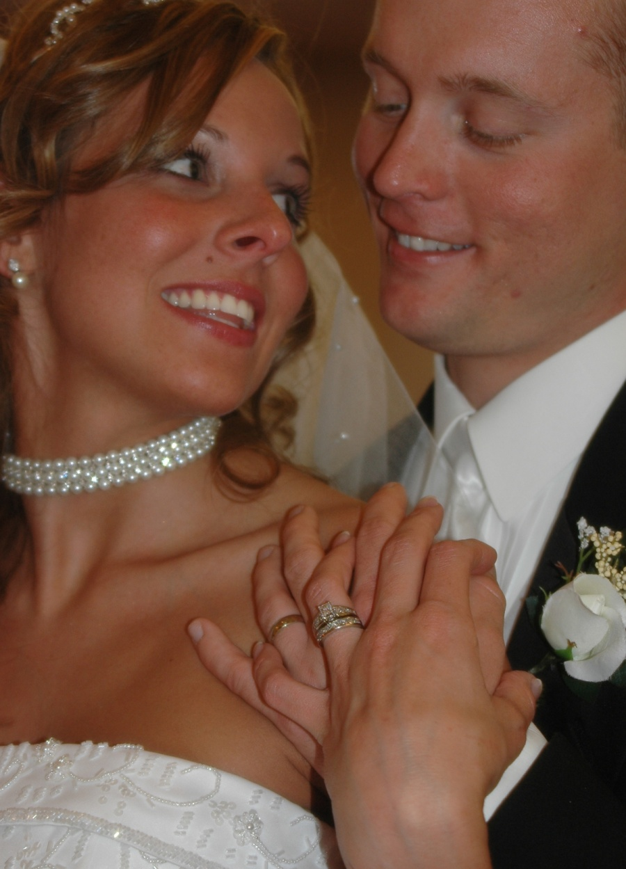 8x10-ish-bride-and-groom-closeup-with-rings-e1469046592325